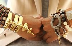Как правильно носить браслет? На что влияет его величина? Какому стилю какой браслет? Как сочетать браслет с другими украшениями?