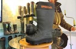 Что за материал для обуви - полиуретан? Какую обувь изготавливают из него? Плюсы и минусы материала. Как носится такая обувь?