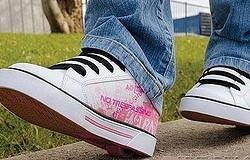 Как называются кроссовки на колёсиках? Описание обуви, виды. Преимущества и недостатки кроссовок на колёсиках.