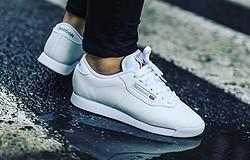 Как следить за белыми кроссовками: правила ухода и чистки