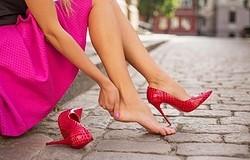 Что делать, если туфли натирают сзади