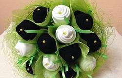 Букет из носков для мужчины своими руками (пошаговое фото): как сделать цветы из носков, подарочное оформление букета