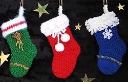 Новогодний носок крючком для подарков, инструкция и советы