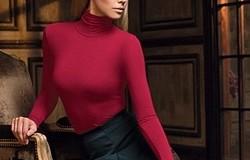 Бордовая водолазка: с чем носить женщинам (фото), цветовые сочетания, обувь и аксессуары