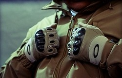 Для чего нужны тактические перчатки? Виды тактических перчаток
