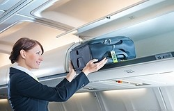 Самый лёгкий чемодан для ручной клади: правила выбора. Материалы и бренды. Какой наиболее лёгкий?