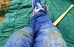 Как отстирать траву с джинсов — чем отстирать, способы выведения пятен