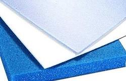 Полиэстер и полиэтилен - отличия материалов