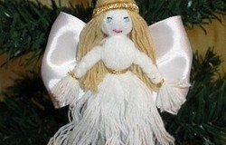 Милый рождественский ангел из ниток своими руками